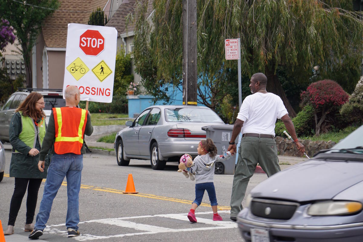 Walk Bike Berkeley Safe Crossing Event on Dwight Way