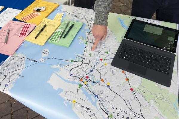 In-person survey using Street Story in Downtown Oakland