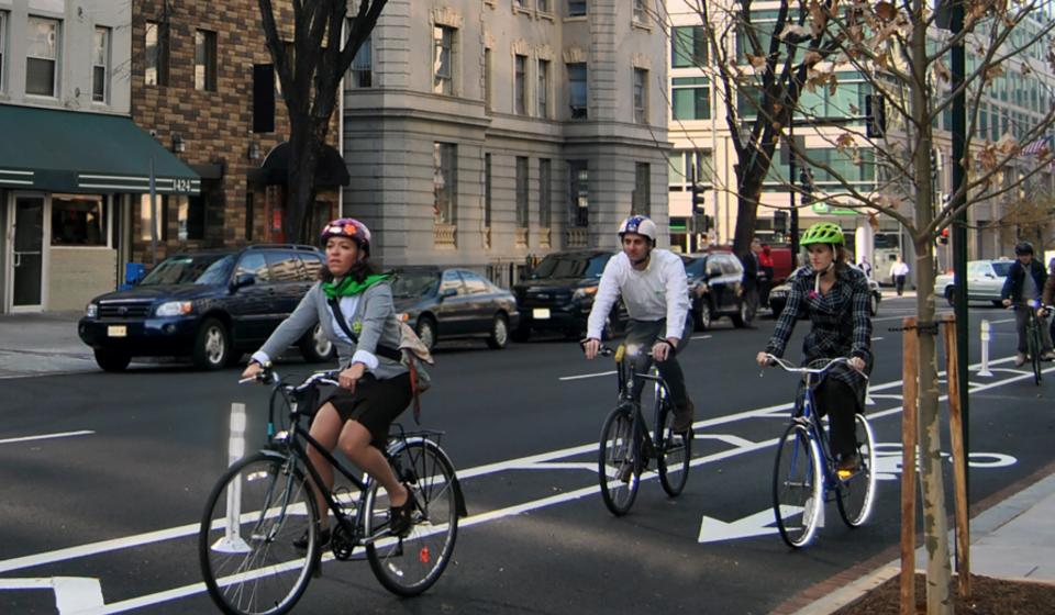 FHWA Safety Report on Separated Bike Lane Design